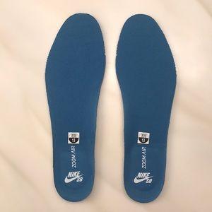 Nike Zoom Air in soles NWOT